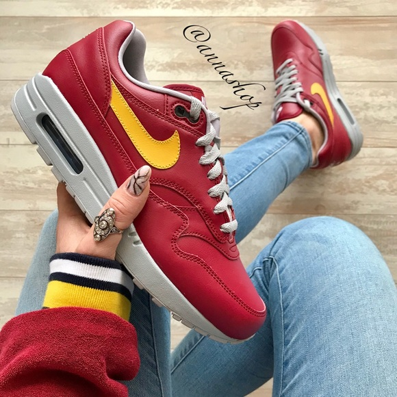best loved f20a1 b3724 NWT Nike ID Air Max 1 Custom